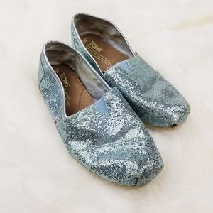 Toms|Blue Sparkle Slip on Loafers